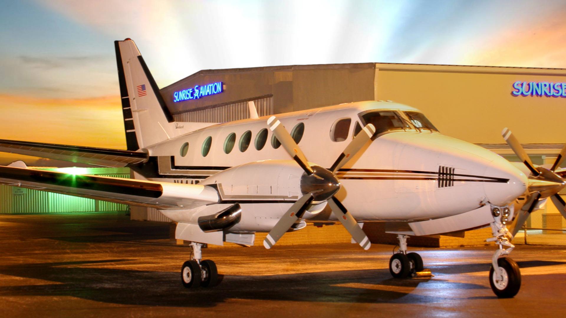 Sunrise flight Academy king air